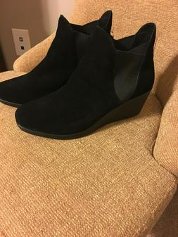 New Crocs Women's Leigh Wedge Chelsea Ankle Boot Black Suede