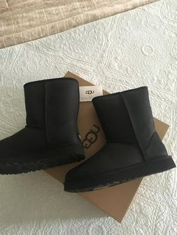 UGG Classic Short Leather Black 1016559 Water Resistant Boot