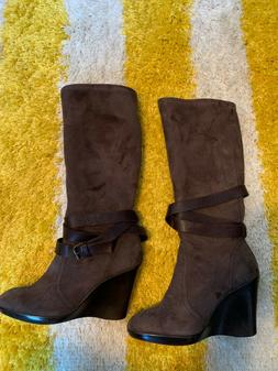 you wedge brown boots sz 9